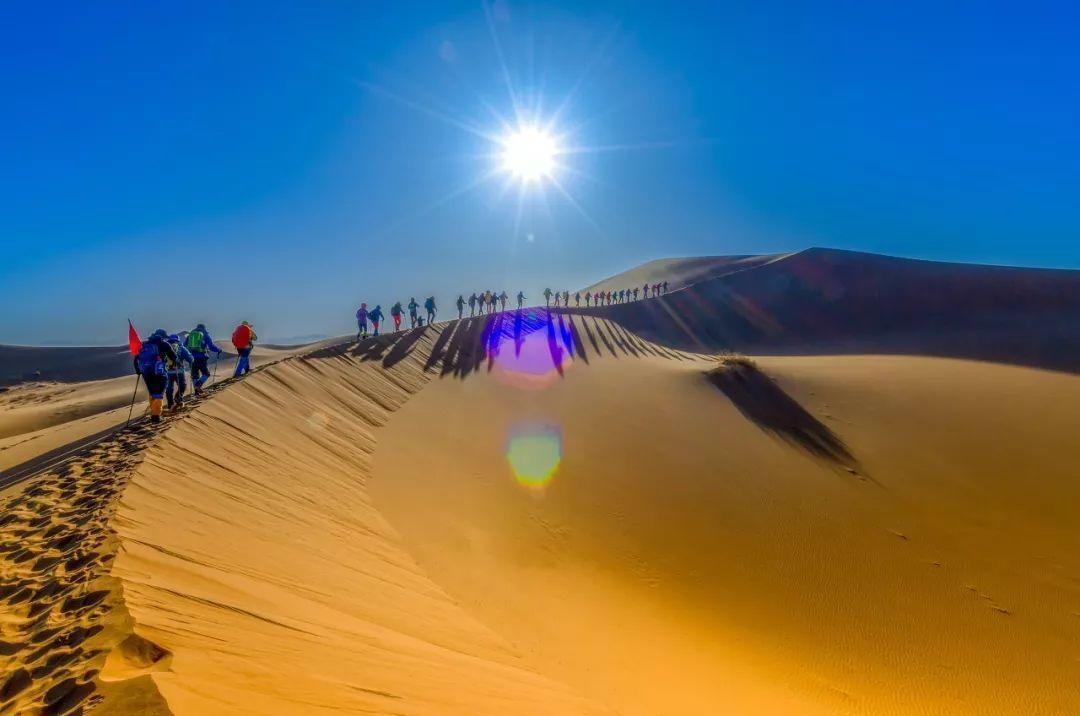 库布其沙漠徒步穿越,你想和谁去呢